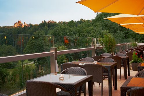 Pfalzblick Wald Spa Resort Terrasse